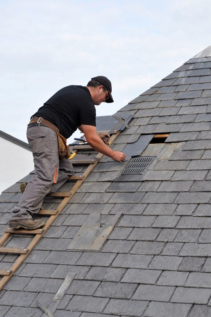 Need Emergency Roof Repair Here S What You Need To Know